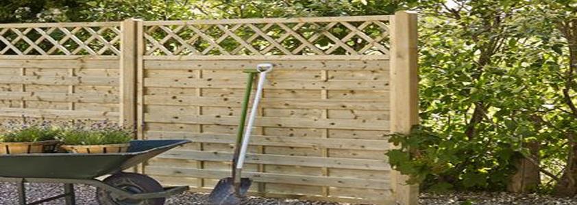 Bergen hegn fra Plus - Se det store udvalg af hegn på 10-4.dk