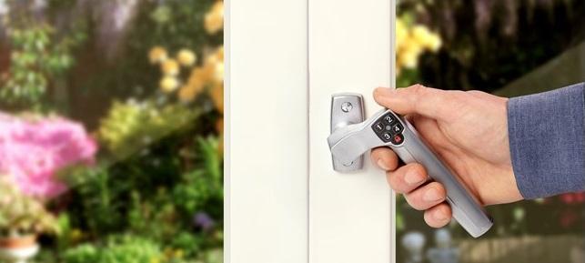 Dørhåndtag med kode / låsbare greb