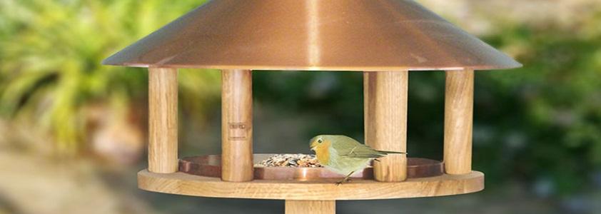 Fulgehus og fuglefoder fra Gardenlife og Ryom