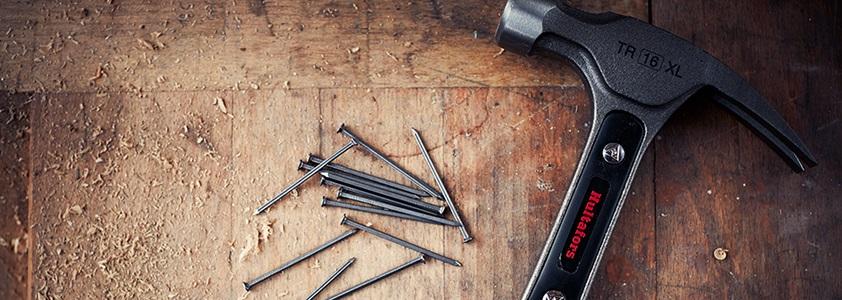 Køb din nye hammer på 10-4.dk - Skarpe priser og hurtig levering