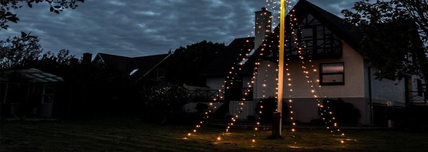 Stort udvalg af udendørs LED lyskæder til skarpe priser - Køb online på 10-4.dk