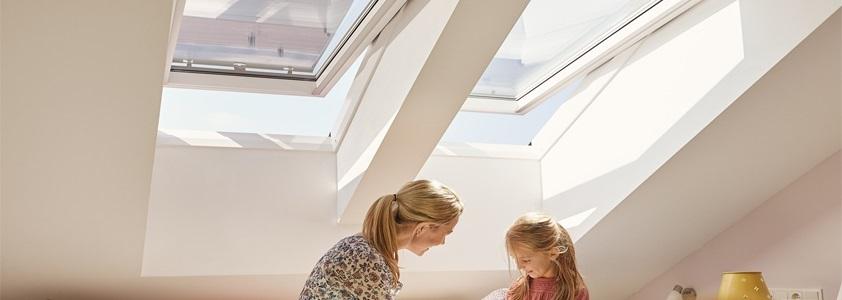 Se det store udvalg af Velux vinduer på 10-4.dk