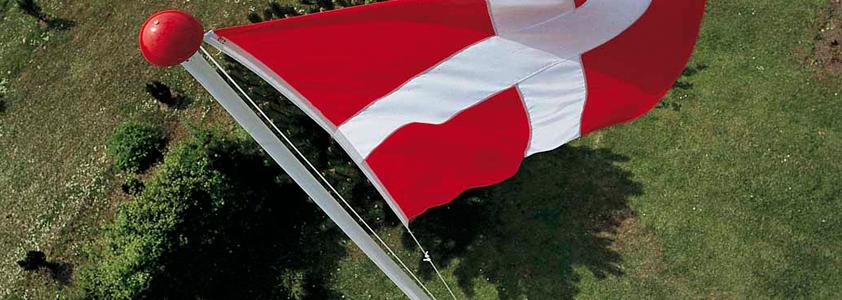 Køb din nye flagstang på 10-4.dk