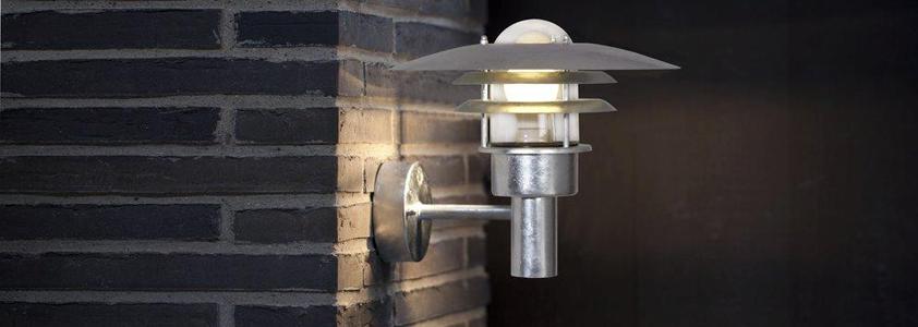 Stort udvalg af udendørsbelysning på 10-4.dk - Køb fx denne flotte udendørslampe fra Nordlux
