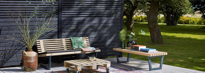 Plus plankeværk - Se det store udvalg af hegn på 10-4.dk